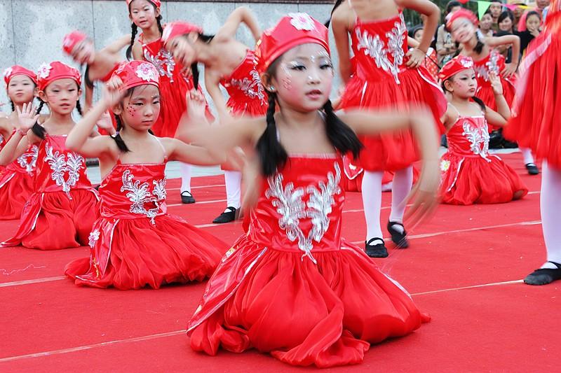幼儿民族舞1