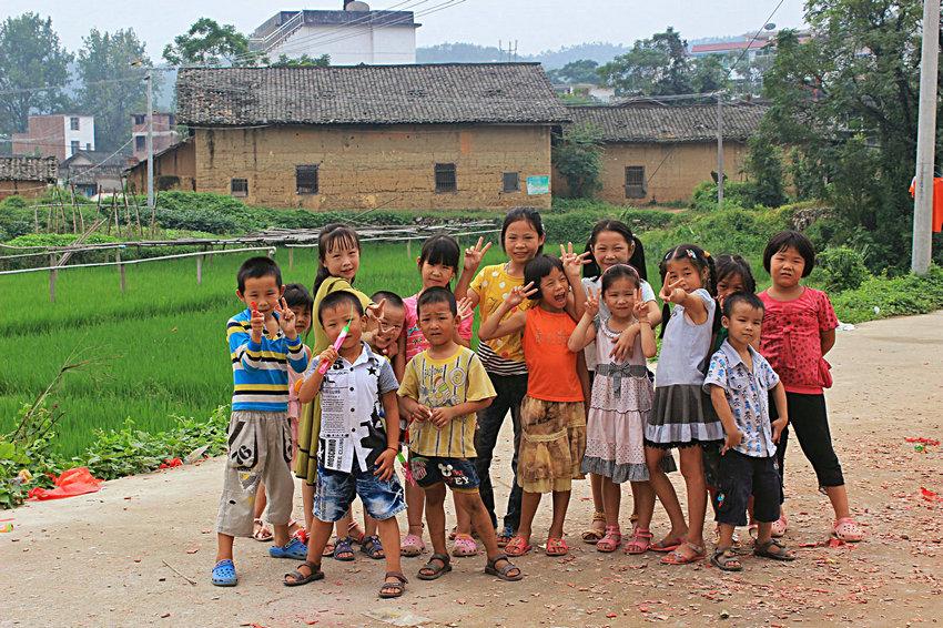 农村留守儿童- 光与影