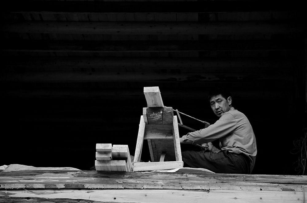 做木匠,就是农村青年喜欢选择学习的手艺之一